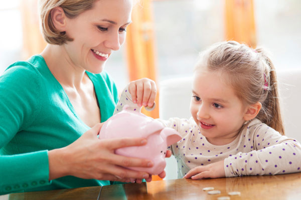 Federal Budget 2014 mum child saving money
