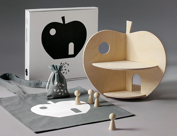 Sweet Apple and Pear dollhouses from Rock and Pebble