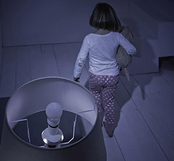 Grolight-Toddler-in-hallway-1