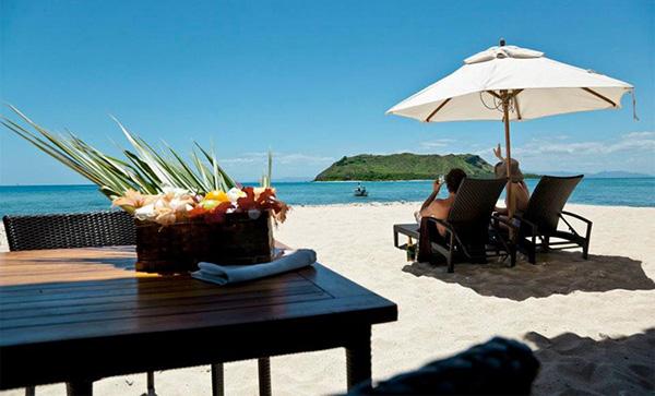 Vomo-Fiji-adults-sand-web