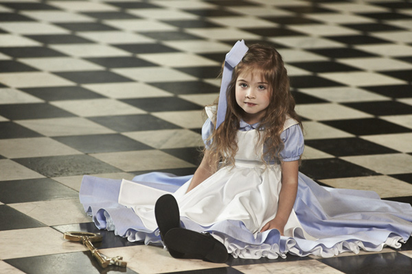 alice-dress-tails-and-tales