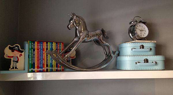twin-boy-shelf