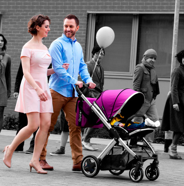 Oyster2 Lifestyle1 Introducing the Oyster Max   an affordable single & double pram