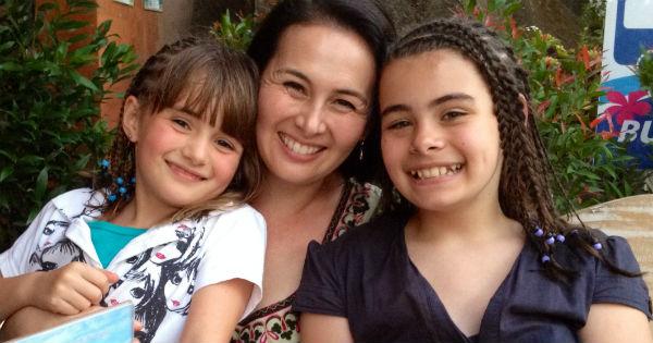 Tina Harris and daughters
