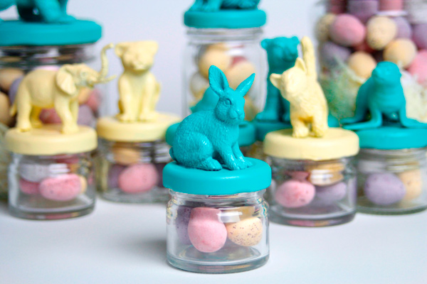 animal party favour jars