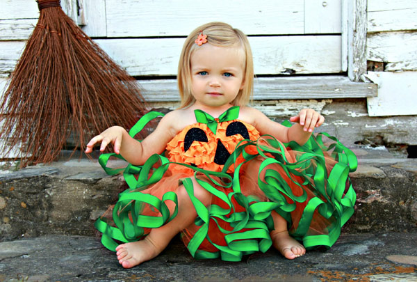 halloween etsy 1 Trick or treat! 11 best Halloween costumes and fun spooky things for kids from Etsy