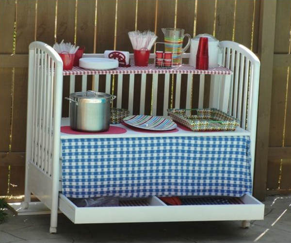 condiments and utensils trolley