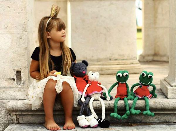 leggybuddy1 hand crocheted soft toys