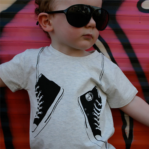 tee-roundup-young-and-moodie-web