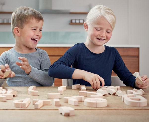 wooden-alphabet-blocks-kay-bojesen-denmark-2