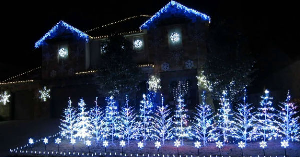 frozen christmas lights display