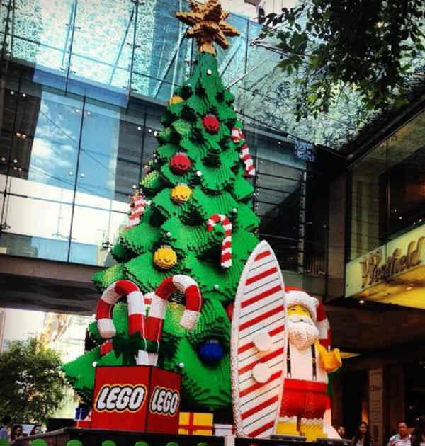 Behind the scenes of Sydney's giant Lego Christmas tree