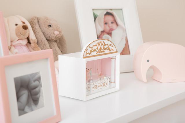 Milla-nursery-dresser-details