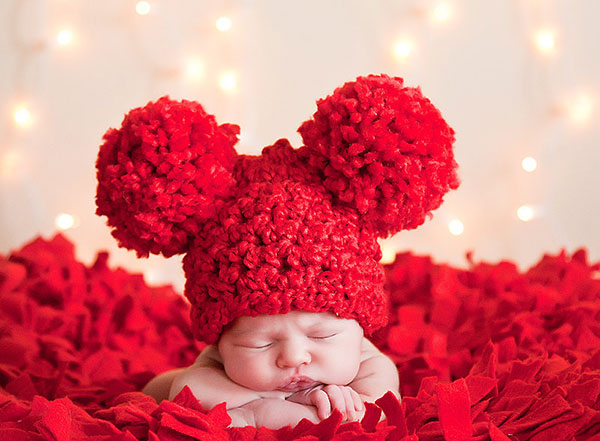 Valentines-Day-Etsy-pom-pom-hat-w