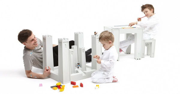 castledesk The Castable Desk   turning a childs desk into their castle