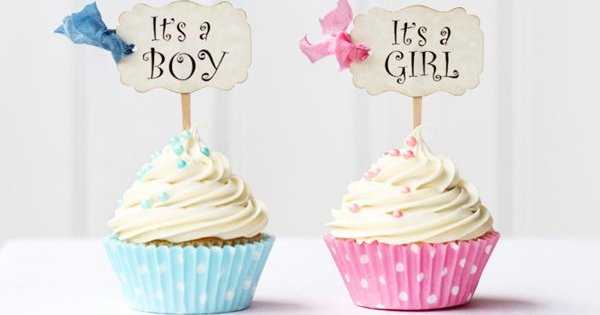 baby shower cupcake crop