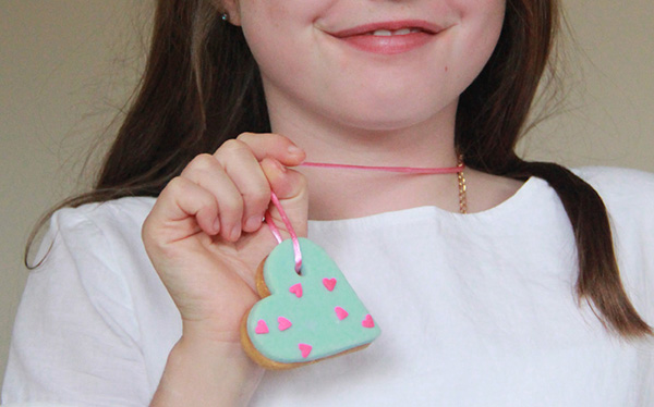 Yummy-Project-heart-necklace-2
