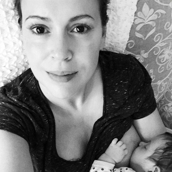 breastfeeding selife alyssa milano