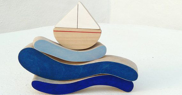 stacking-toy-boat
