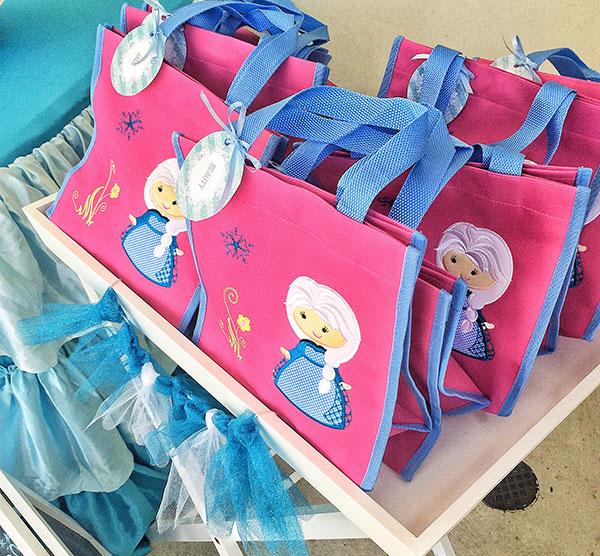 Frozen-favor-bags