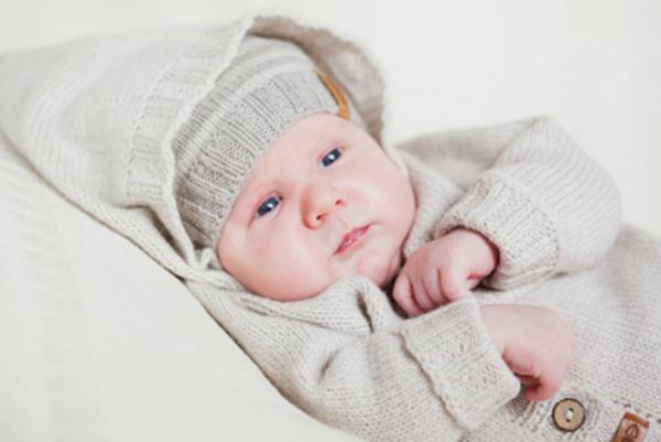 Gera Bloga newborn hooded jumper