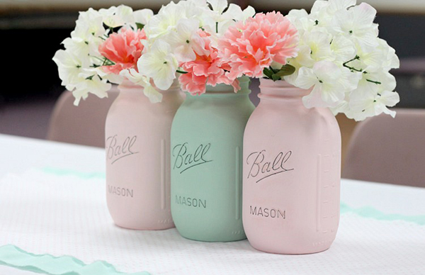 Mother's-Day-DIY-painted-mason