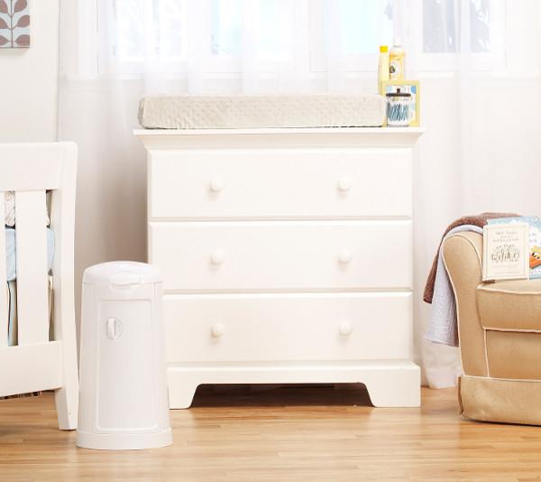 CNP Brands Munchkin nappy bin