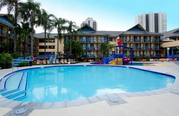 Paradise Resort Pool