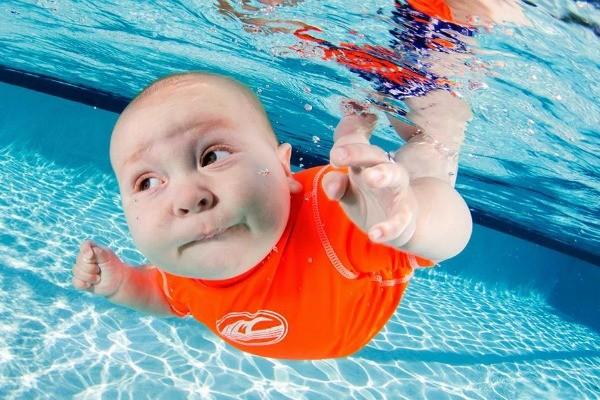 Underwater Baby 10