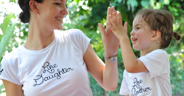 like-mother-like-daughter-t-shirts