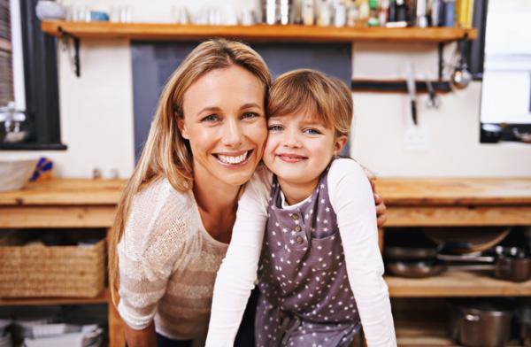 mum-and-daughter-smiling