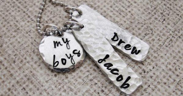 mum-boys-necklace