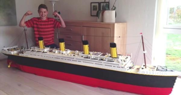Boy Makes Replica Titanic With 30 000 Lego Bricks