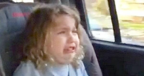 ellas crying two fb