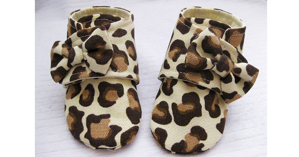 leopard-baby-shoes