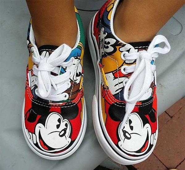 Disney-Vans-lifestyle
