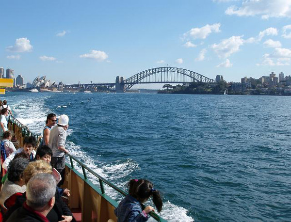 sydney_harbour_ferry