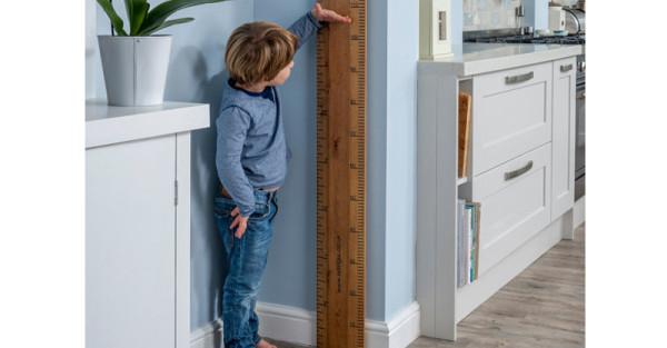 wooden-height-chart