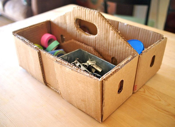 Fathers-Day-DIY-Cardboard-toolbox