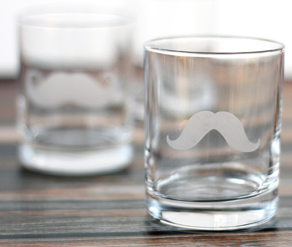 Fathers-Day-DIY-Moustache-glass