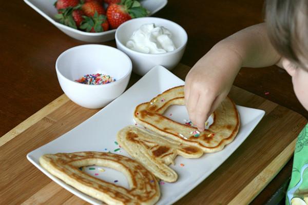 Fathers-Day-DIY-pancake