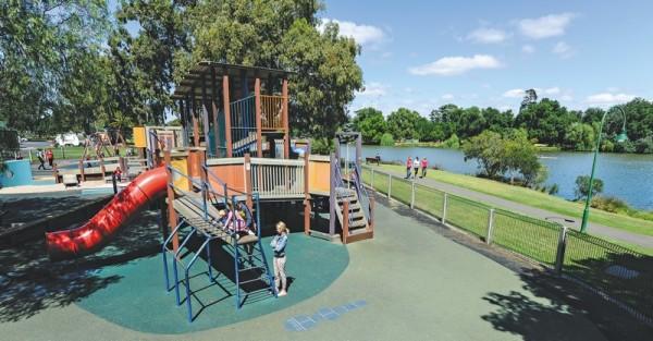 Lake Weeroona playground Bendigo