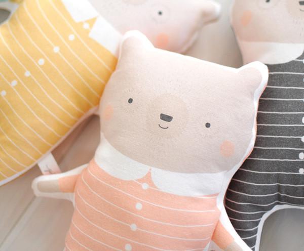 Petit-Pippin-sleepy-bear