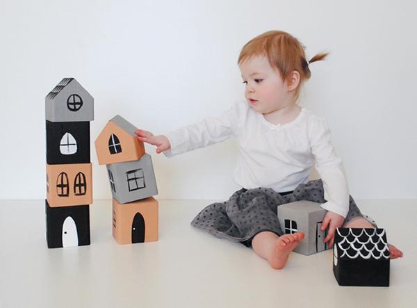 Mer-Mag-Stacking-House-Blocks