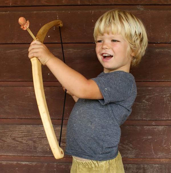 Needle-and-Nail-bow-arrow