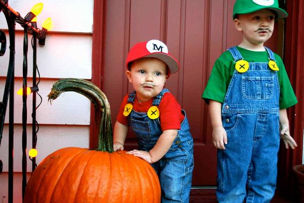Super mario brothers DIY halloween costume