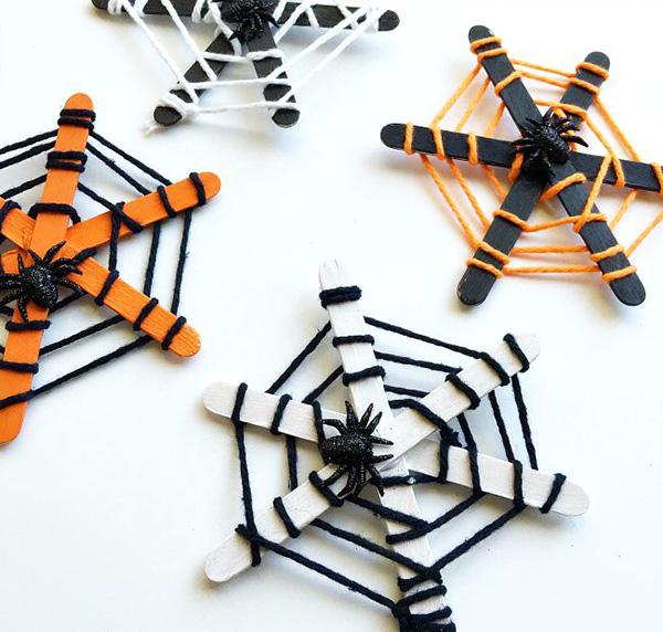 Halloween-Yarn-Web
