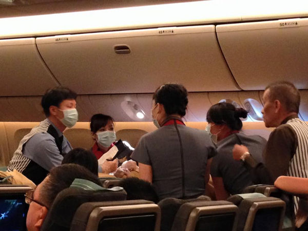 baby on plane1