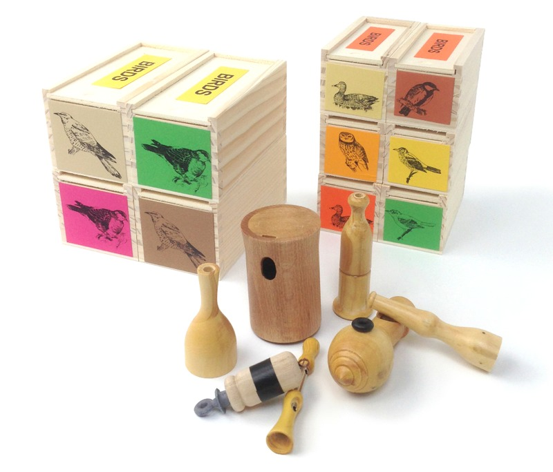 how to use a wooden bird call