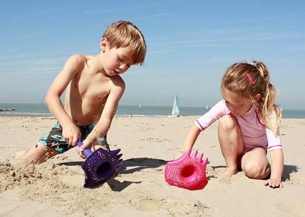 Quut Triplet beach toy